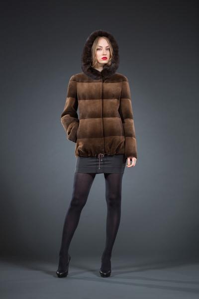 M-133 куртка 70см капюшон  арт № 800-6801, меховое изделие из нутрии