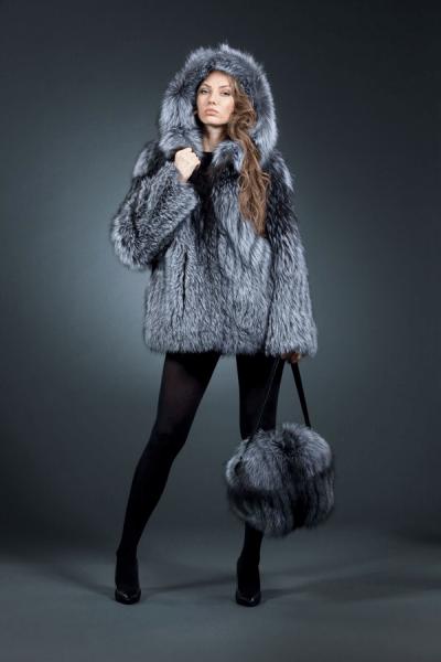 Зара куртка, капюшон, чернобурка, арт № 300-101 меховое изделие из лисы