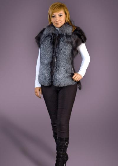 Амазонка лиса чернобурка жилет арт № 700-101 жилет из натурального меха лисы